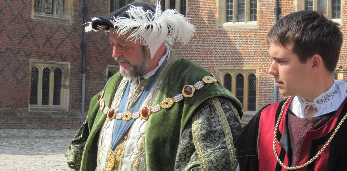 Henry VIII and courtier Image